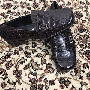 AEROSOLES brow leather upper women shoes Sz 8.5